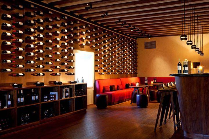 Las 12 vinotecas m s incre bles de espa a y portugal - Muebles para vinoteca ...