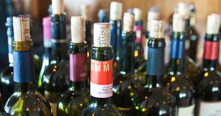 botellas-de-vino-abiertas-portada