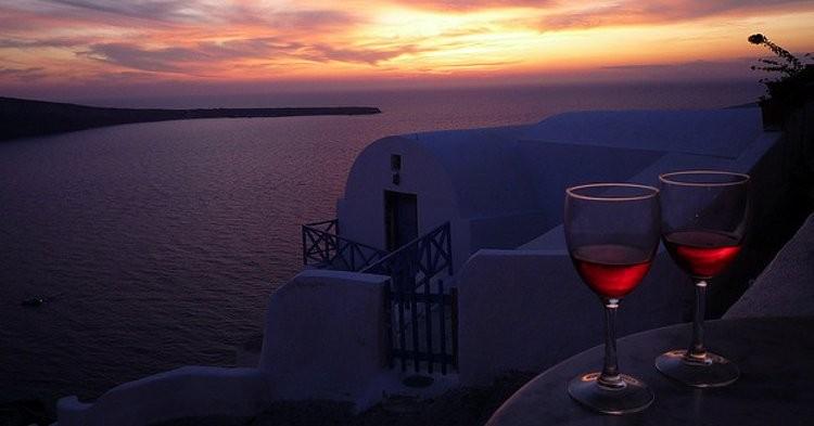 santorini-vino